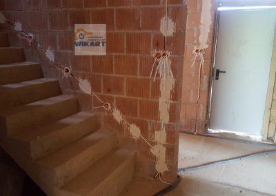 Bruzdowanie ścian i układanie przewodów (9)